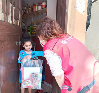 Save the Children verteilt Lernpakete an Kinder in Beirut, Libanon. © Save the Children